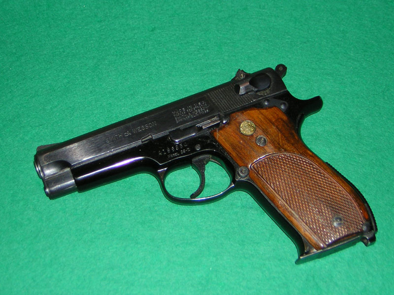 Smith-&-Wesson-mod-39-2-cal-765p.jpg